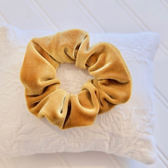 Urban Outfitters Accessories - Velvet Scrunchie • Goldenrod